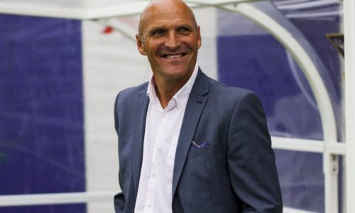 EMIRATES FA CUP | Steve Burr Backs Yellows To Shine On TV