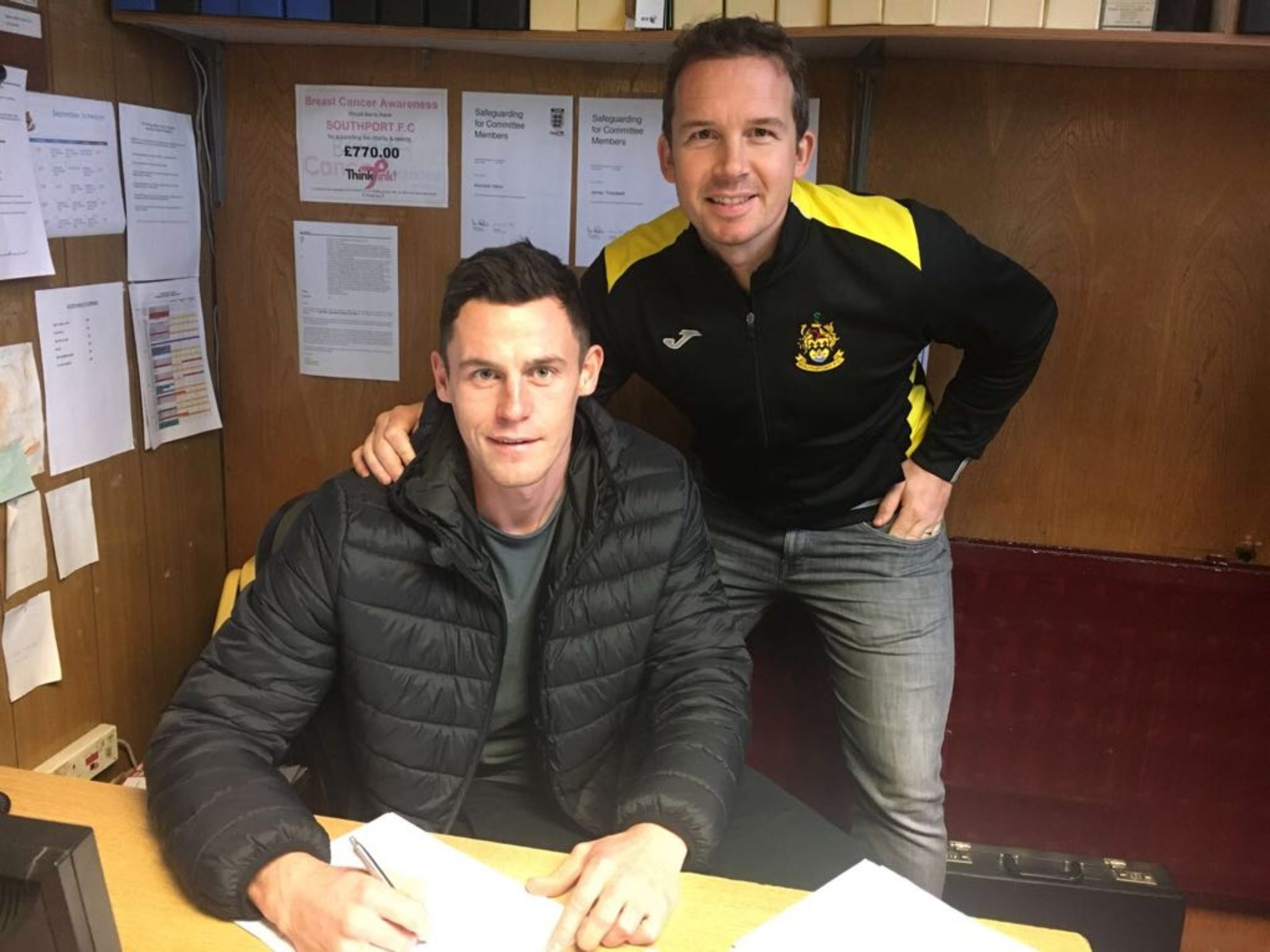 Southport have completed the transfer of 28-year-old defender Billy Priestley from Alfreton Town for an undisclosed fee.          Billy joined Alfreton in the Summer after time spent at Salford City, where he made 41 league appearances last term, and notably scored to equalise for Salford in their...