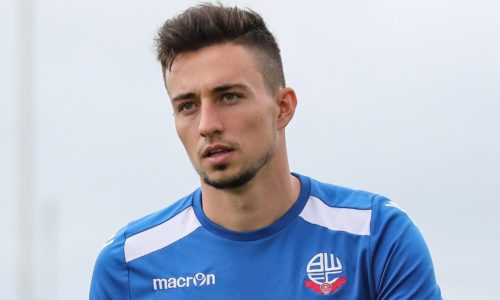 SIGNING | Edwards Joins On Loan