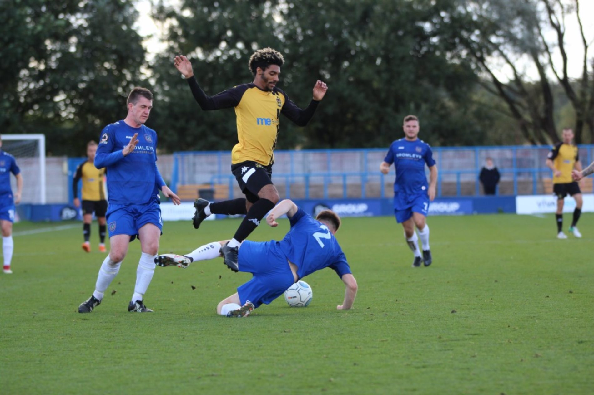 PREVIEW | Back To Curzon